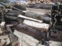 Palivové dřevo Lhotka, dřevo na topení Lhotka, štípané dřevo Lhotka