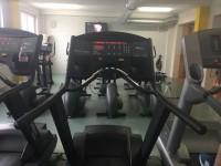 Prodám Běžecký pás Life Fitness 9500HR