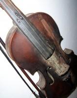 VÝKUP SMYČCOVÝCH NÁSTROJŮ - koupím housle, violy, violoncella, kontrabasy
