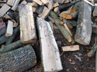 Palivové dřevo Čaková, štípané dřevo Čaková, dřevo na topení Čaková