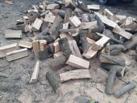 Palivové dřevo Zátor, dřevo na topení Zátor, štípané dřevo Zátor.