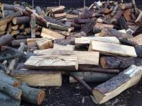 Palivové dřevo Otice, dřevo na topení Otice, štípané dřevo Otice.