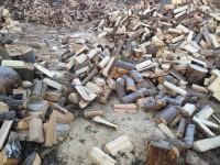 Palivové dřevo Těškovice, dřevo na topení Těškovice, štípané dřevo Těškovice.