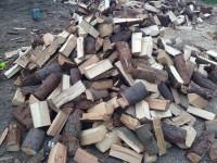 Palivové dřevo Strahovice, dřevo na topení Strahovice, štípané dřevo Strahovice.