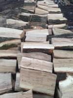 Palivové dřevo Sosnová, dřevo na topení Sosnová, štípané dřevo Sosnová.
