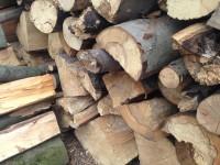 Palivové dřevo :  Velká Polom, dřevo na topení Velká Polom, štípané dřevo Velká Polom