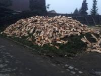 Palivové dřevo Bítov, dřevo na topení Bítov, štípané dřevo Bítov.
