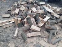 Palivové dřevo Žabeň, dřevo na topení Žabeň, štípané dřevo Žabeň