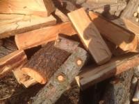 Palivové dřevo :  Císařov, dřevo na topení Císařov, štípané dřevo Císařov