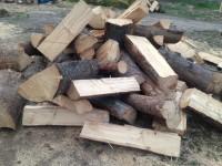 Palivové dřevo :  Grymov, dřevo na topení Grymov, štípané dřevo Grymov