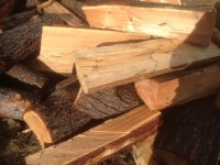 Palivé dřevo  Lazníky, dřevo na topení Lazníky, štípané dřevo Lazníky