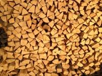 Palivé dřevo  :   Loučka, dřevo na topení Loučka, štípané dřevo Loučka