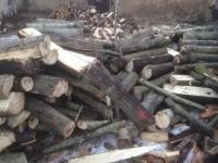 Palivé dřevo  :  Medlov, dřevo na topení Medlov, štípané dřevo Medlov